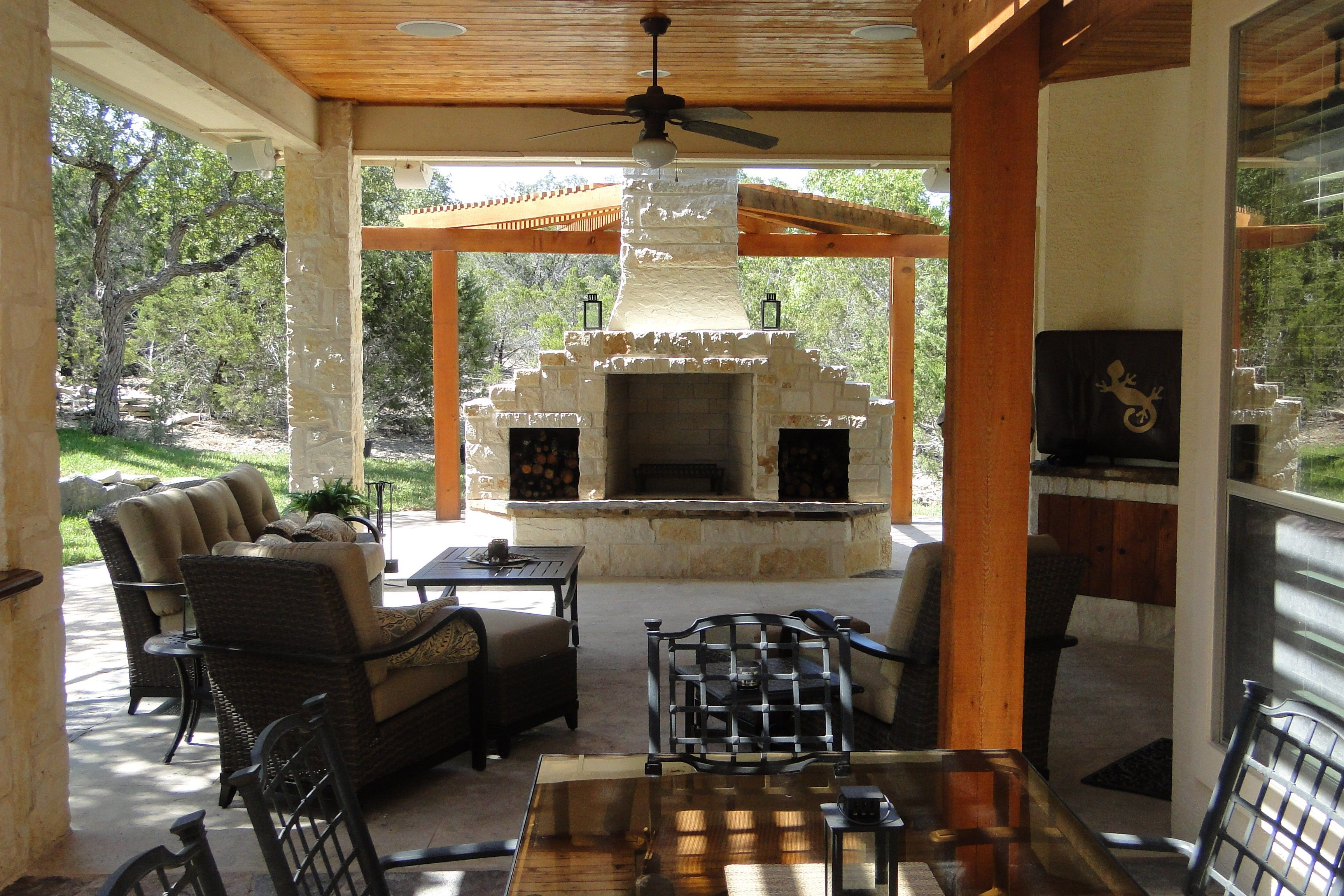 Like The Fireplace Could Live Out Here Outdoor Living Space Fireplace Outdoor Living Space Patio Kitchen