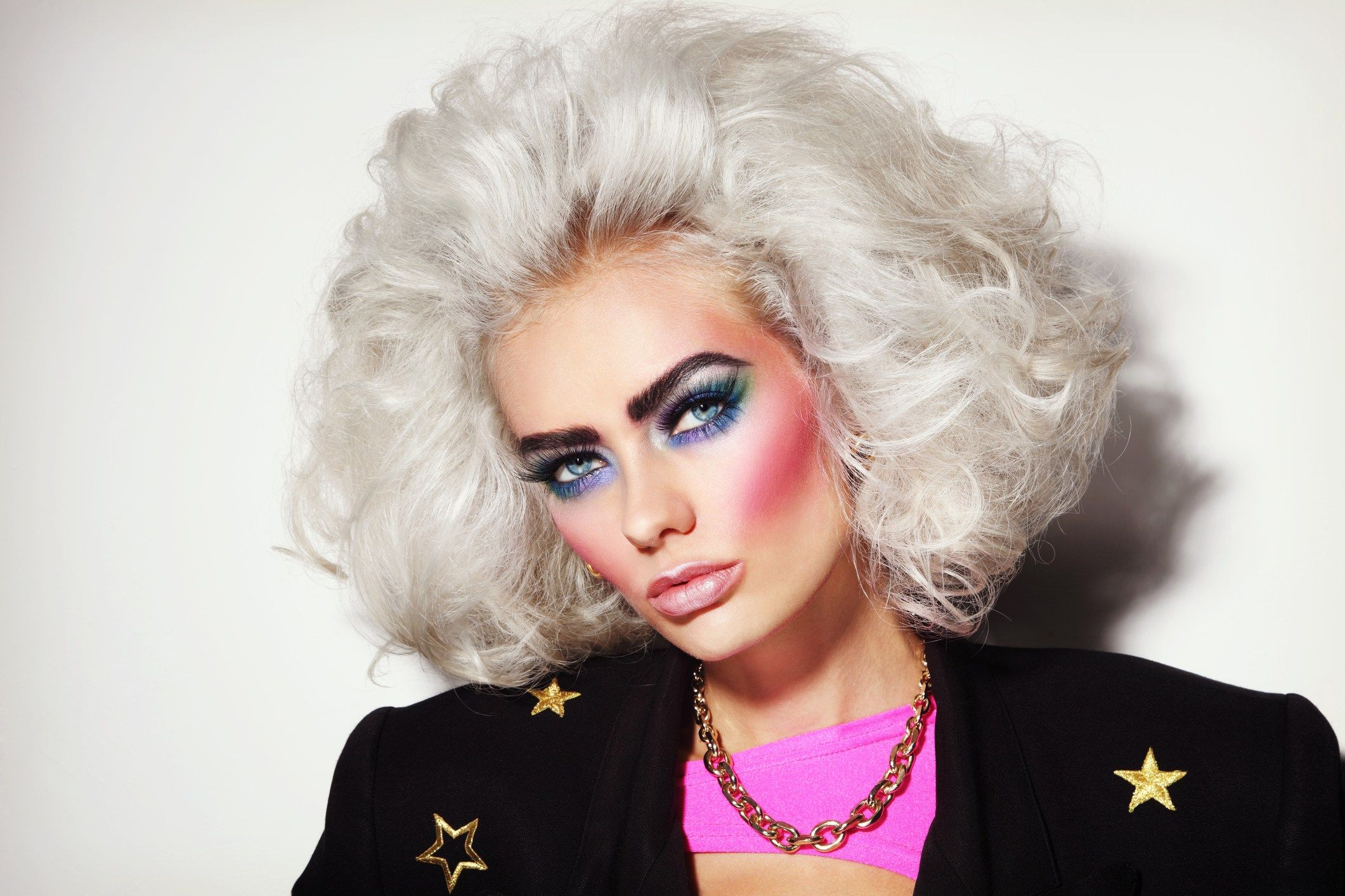The Cringe Worthy Beauty Trends From The 80s In 2020 80s Makeup