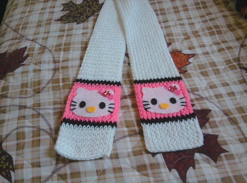 Loom knitted - Hello Kitty scarf | My Craft, My Hobby | Pinterest