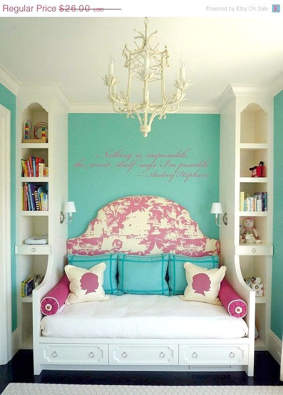Absolutely love the position of bed and built-ins Girls Bedroom