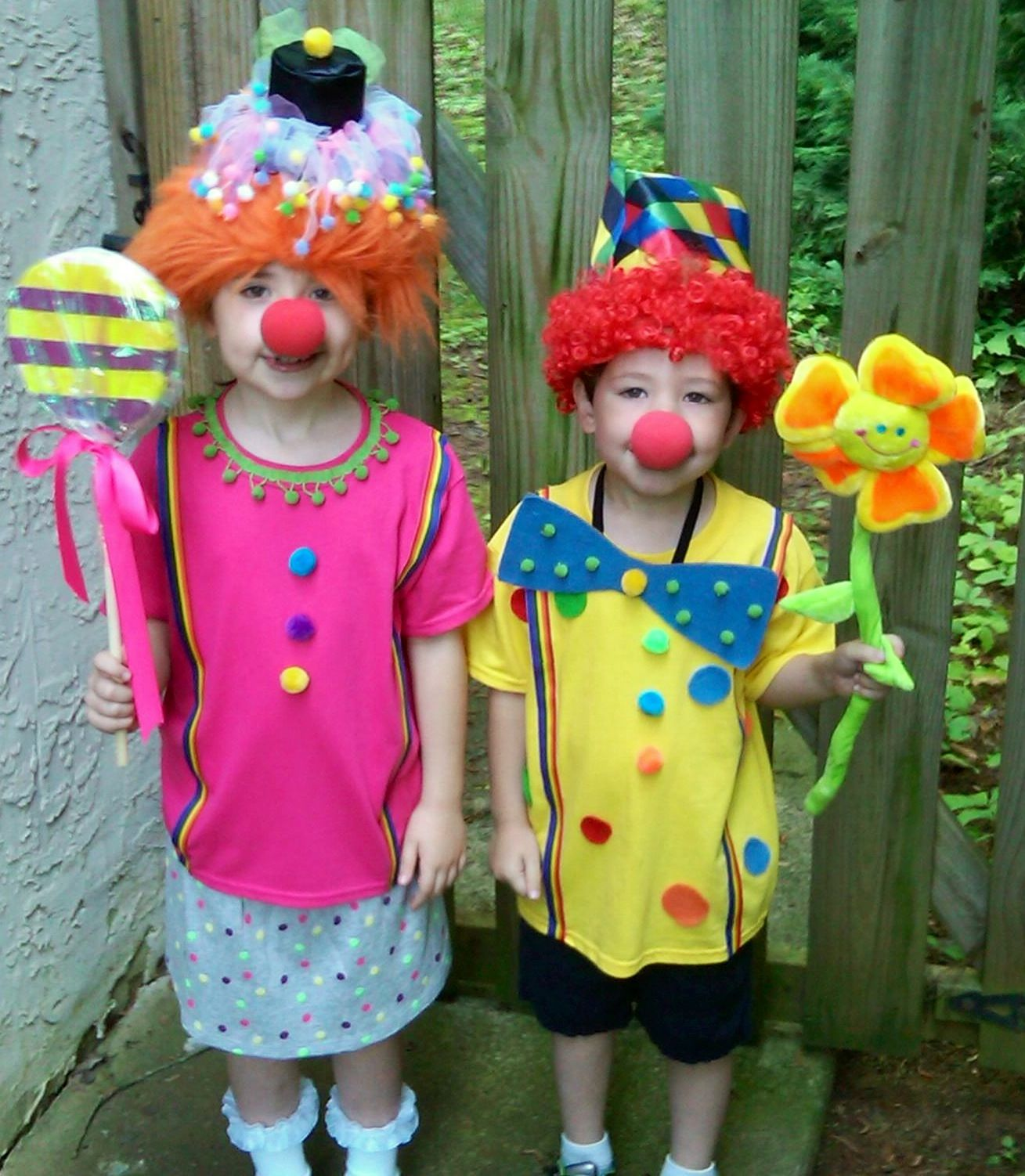 homemade clown costumes crafty goodness pinterest. Black Bedroom Furniture Sets. Home Design Ideas