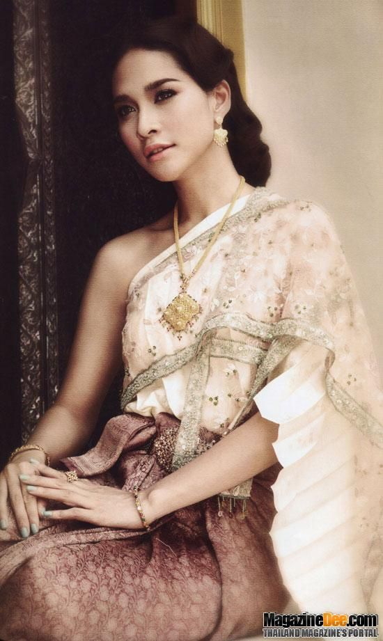 thai women and thai traditional dress ploy chermarn