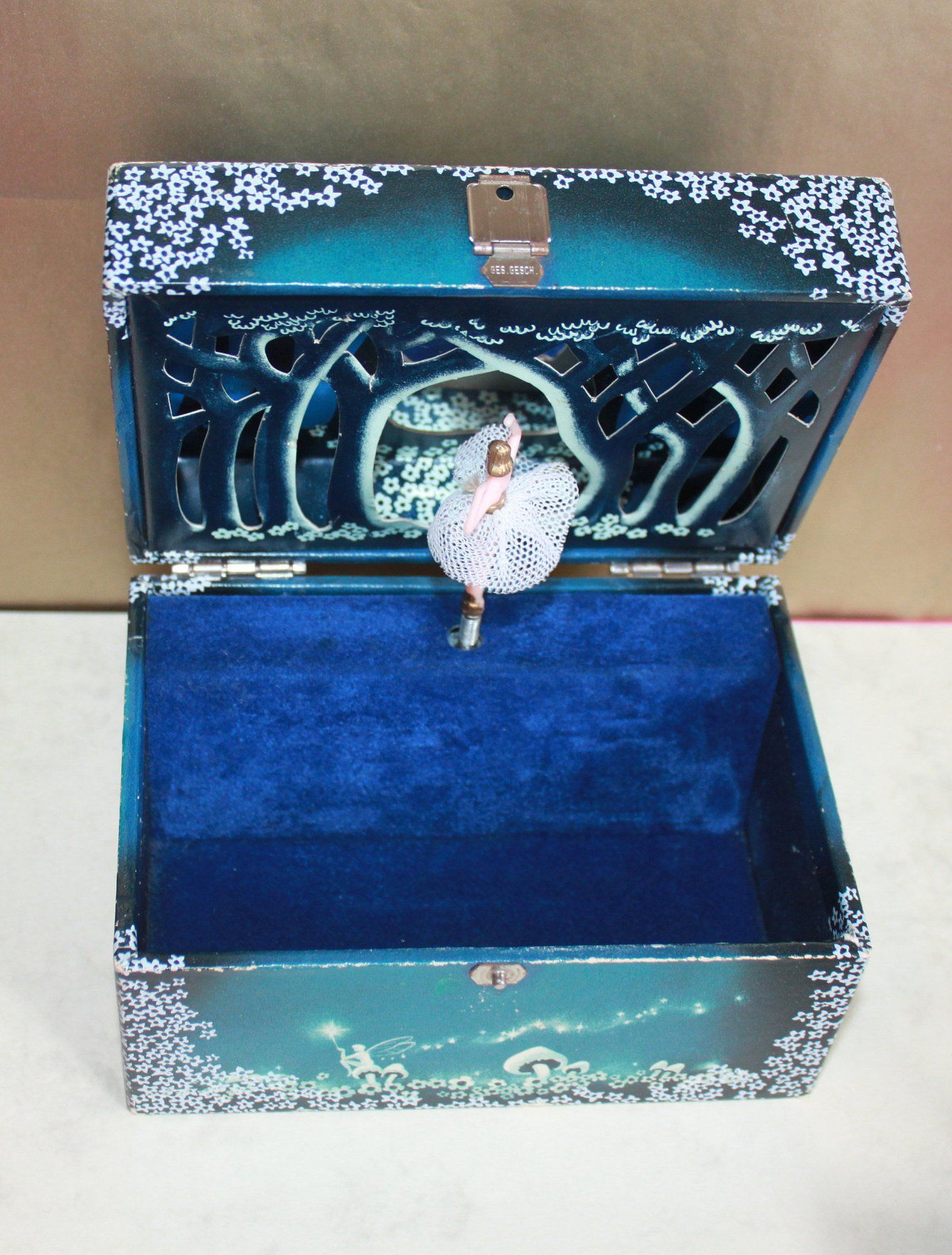 Ballerina Musical Jewellery Box 3d Forest Scene C1960s Made In