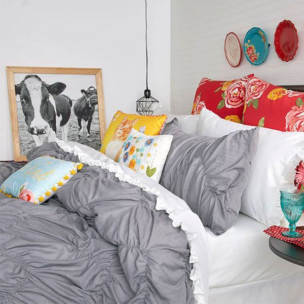 The Pioneer Woman Just Released New Bedding Sets And They