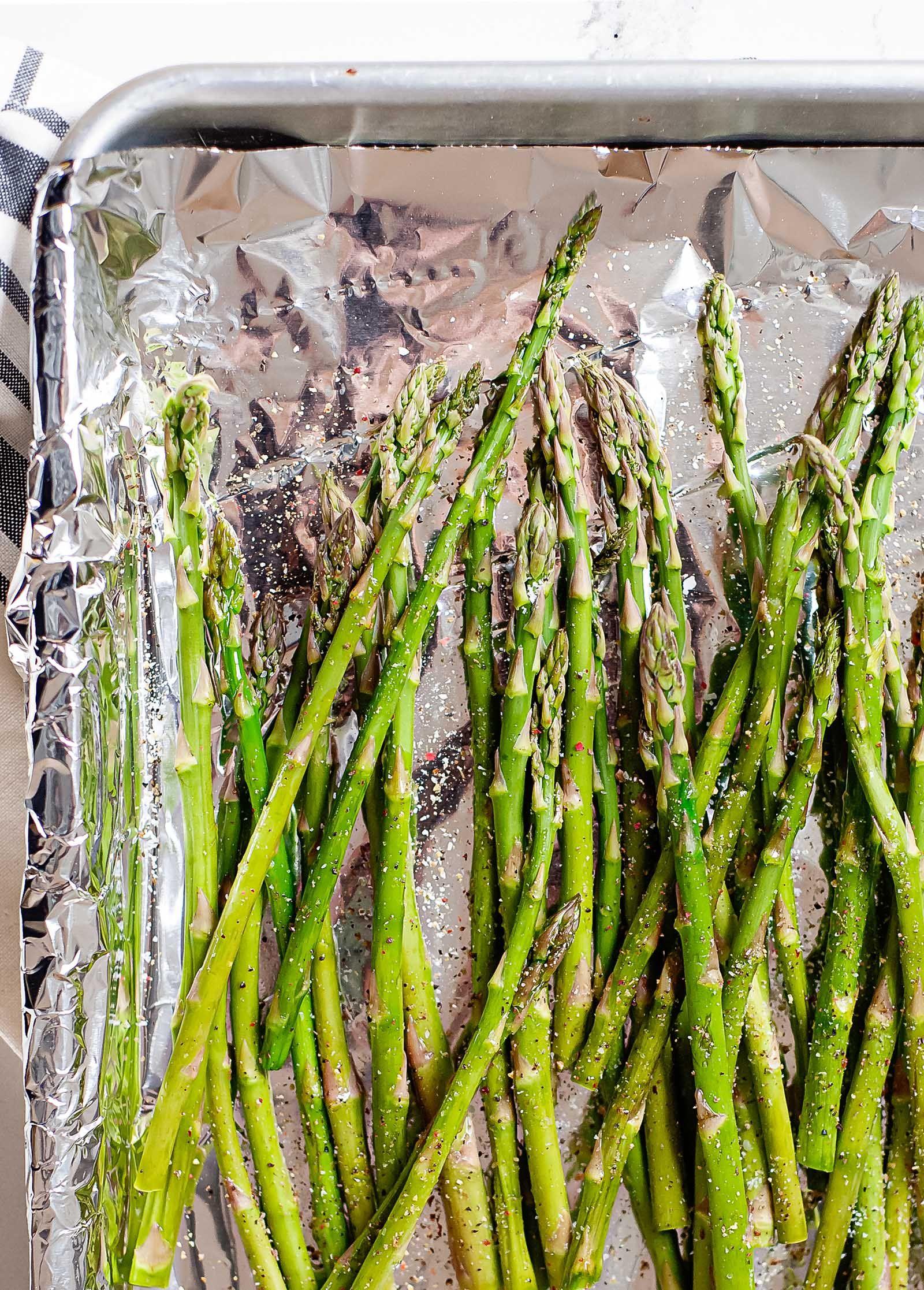 How To Prep Asparagus For Cooking Simplyrecipes Com In 2020 How To Cook Asparagus Asparagus Ways To Cook Asparagus