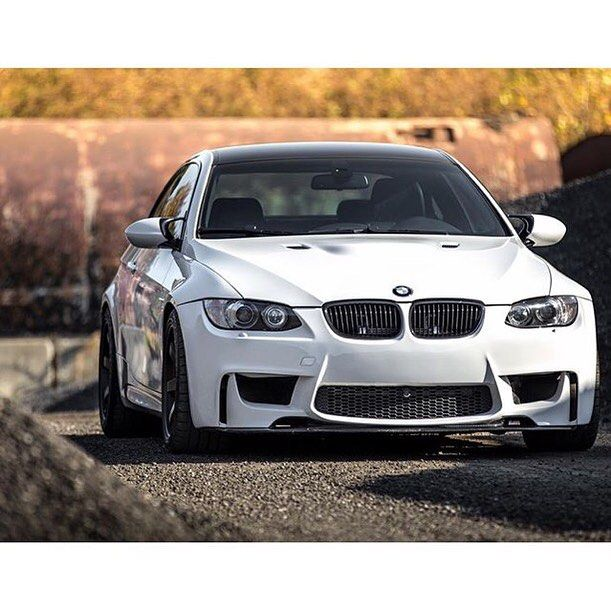 Can you see what hiding under the hood?  Owner @xusem3 by m3nahrich