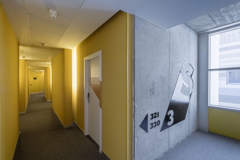 Gallery of The Student Hotel Campus Marina Barcelona   Masquespacio - 7  Chambre Étudiant c9c570bbb0081