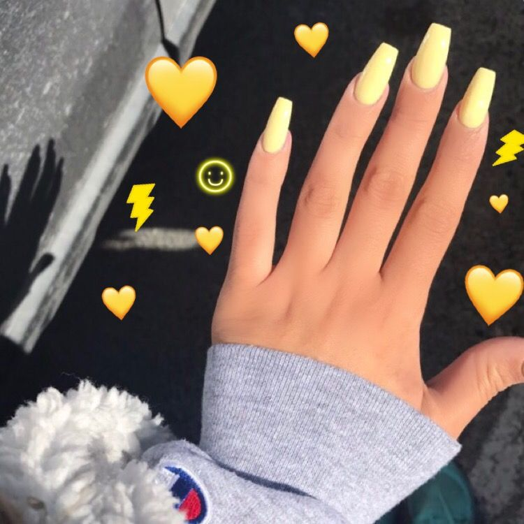 Yellow acrylic nails IG: jasminemorales Pinterest: jasmorales72 ...