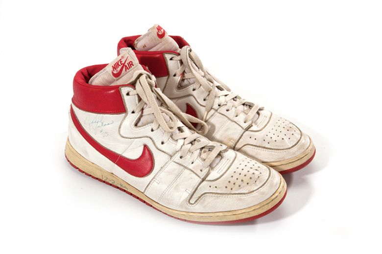 Michael Jordan S Rookie Season Nikes Sell For 71 000 Usd Nike Shoes Outfits Sneakers Shoes