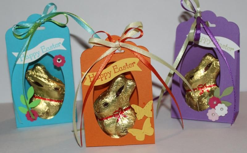 """Tag Topper Easter Favor: Scallop Tag Topper Punch, bitty banners, smallest oval framelit and 2"""" x 7-1/2 cardstock scored at 3-3/4"""" and 4-3/4"""". http://www.splitcoaststampers.com/gallery/photo/2502819#ixzz2xr8HwxeS"""