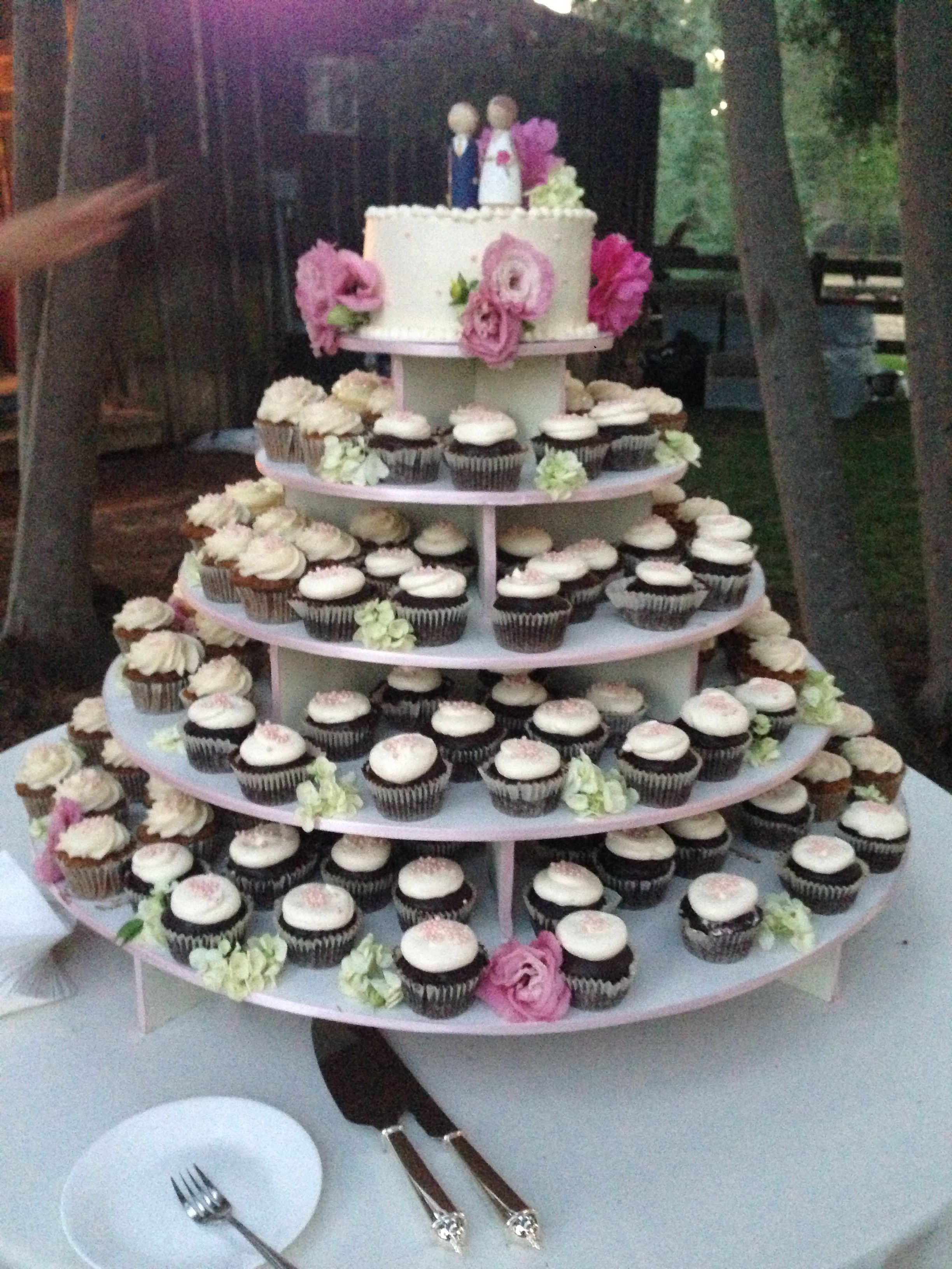 Three-Flavor Cupcake Tower