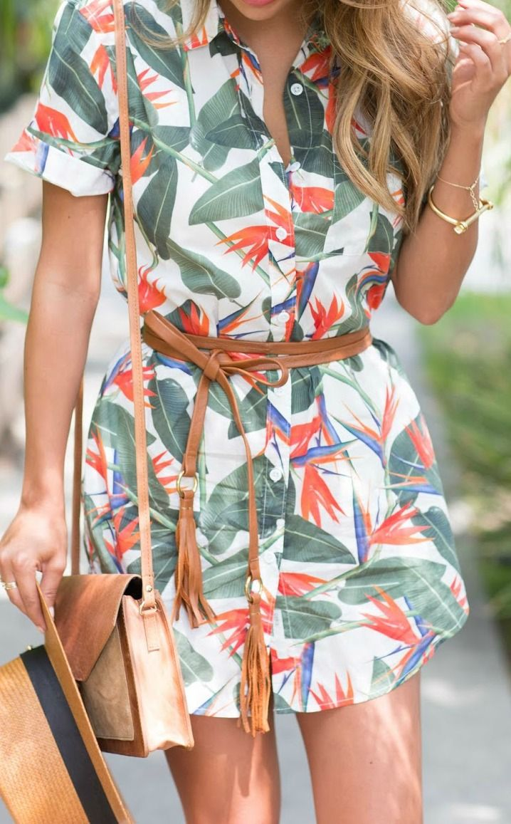 how to wear tropical print - this shirt dress is great for vacation!