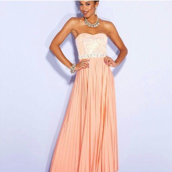 PEACH PLEATED PROM DRESS Pleated peach colored prom dress!!! Price ...