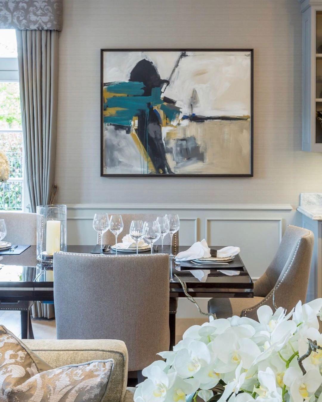 "Interior Design ▪️ Home Decor on Instagram: ""Design: @alexanderjamesinteriors  Follow @olla_home for more inspiration❤️ • • • • • • #diningroomdesign #diningroomdecor #diningroom…"""