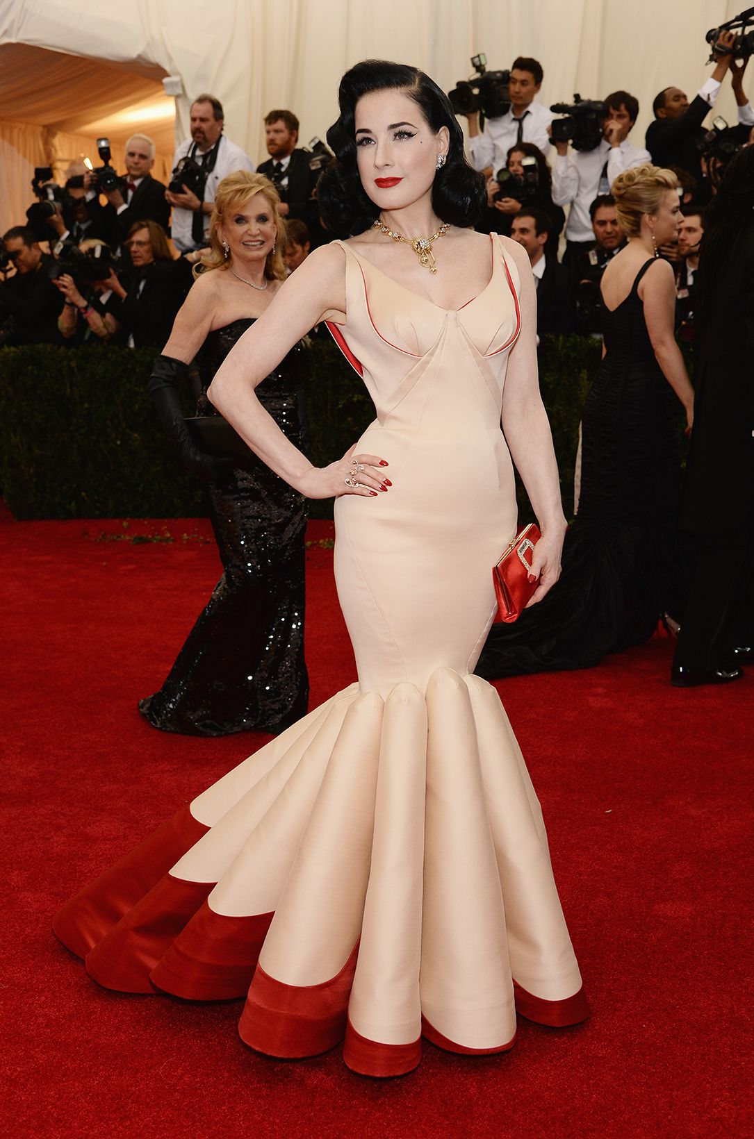 The Most Gorgeous Looks From The Met Gala   Pretty dresses