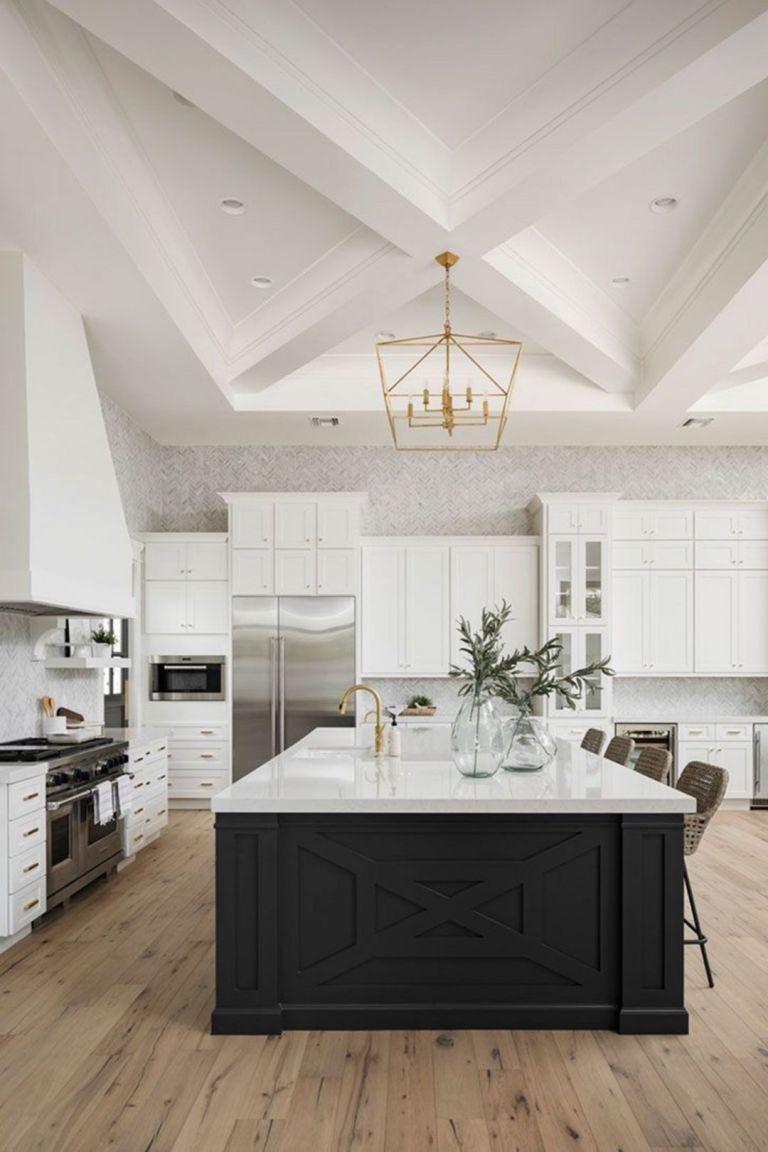 20 Impressive Classic American Kitchen Design Ideas For Your Home Homely Black Kitchen Island Modern Kitchen Backsplash Home Interior Design