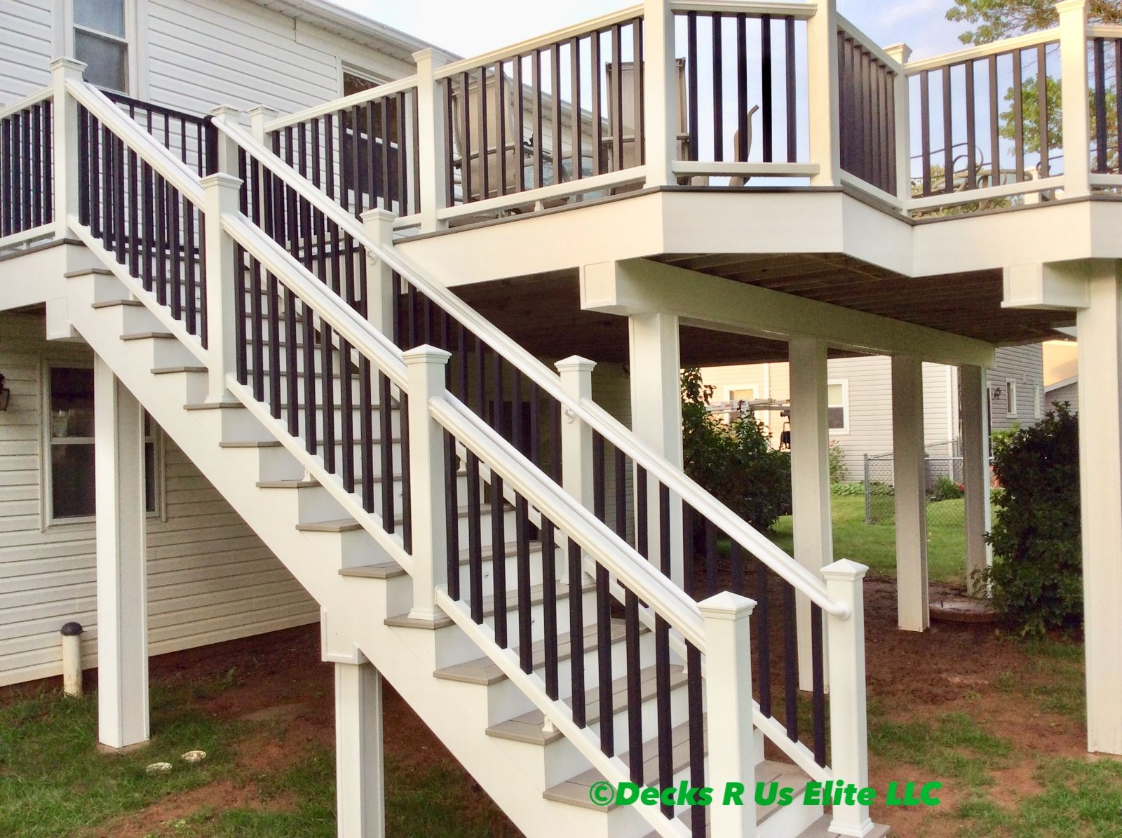 Gravel Path Step Treads With White And Black Trex Transcends Railing And All White Trex Fascia And Wrap Trex Deck Trex Fascia Backyard
