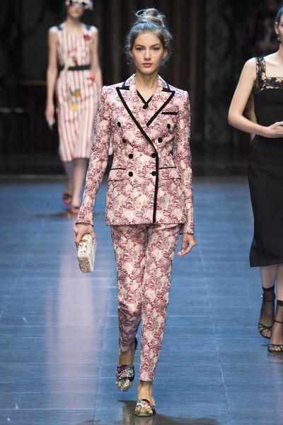 209d39c2dc75 Dolce   Gabbana Spring 2016 Ready-to-Wear Fashion Show in 2019 ...