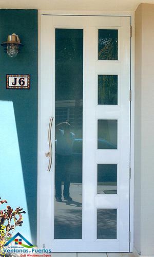 Fotos ventanas de seguridad puerto rico fotos puertas de for Imagenes de ventanas de aluminio modernas