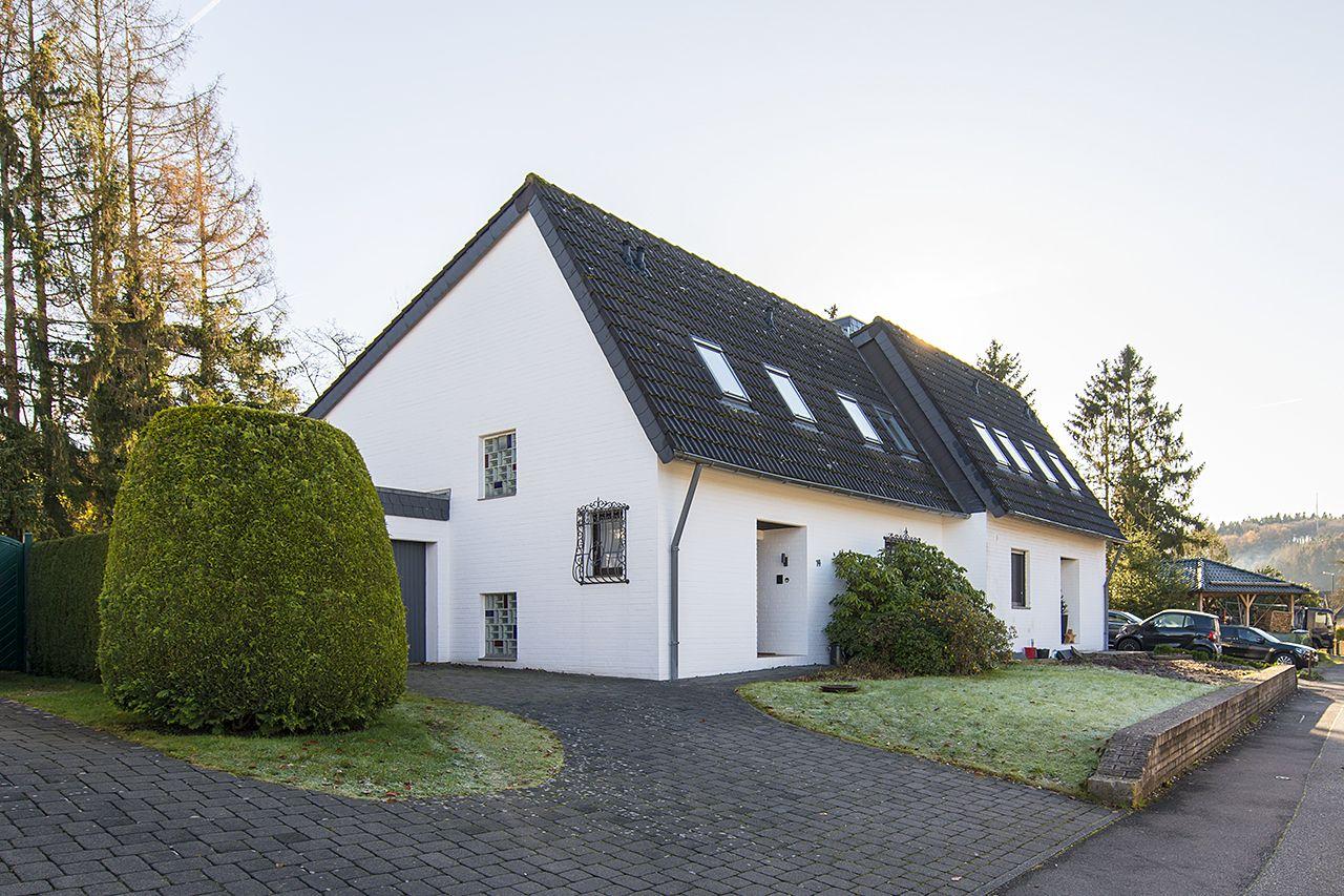 Neu Im Verkauf Stolberg I Zweifall I Doppelhaushalfte I Wohnflache Ca 134 M I Zimmer 4 I Grundstucksflache Haus Verkaufen Immobilien Immobilien Kaufen