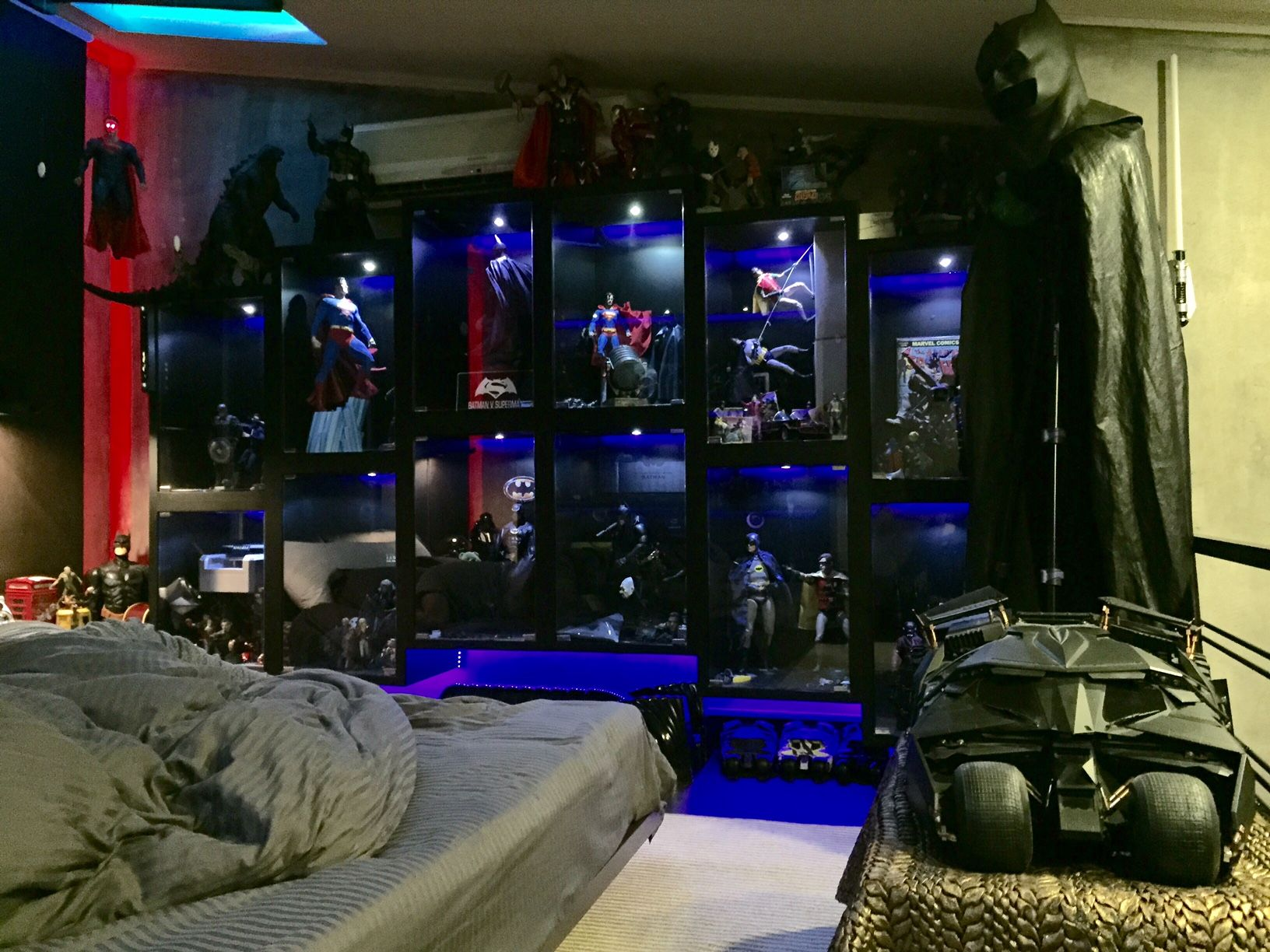Sideshow Featured Collector Shaheer Khan Room Design