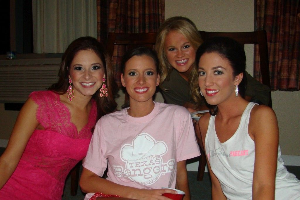 Titleholders and New Year's Eve http://thepageantplanet.com/titleholders-and-new-years-eve/
