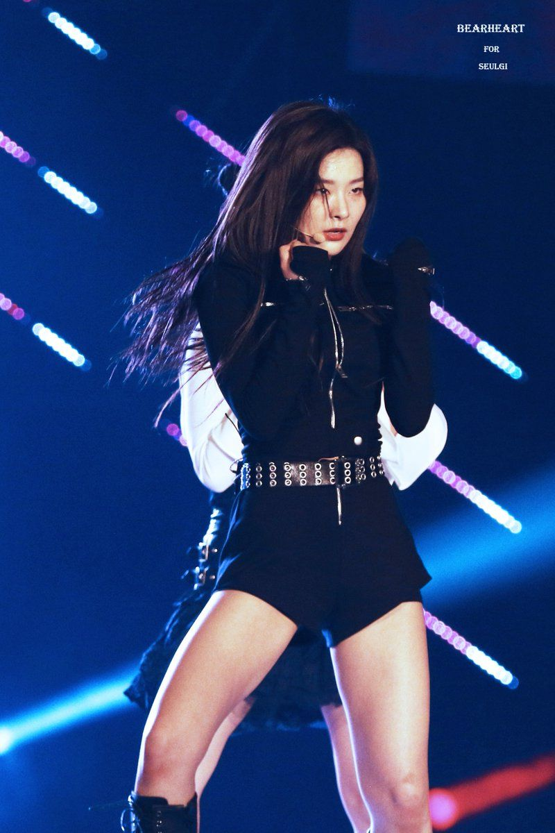 BEAR HEART on (With images) Stage outfits, Red velvet