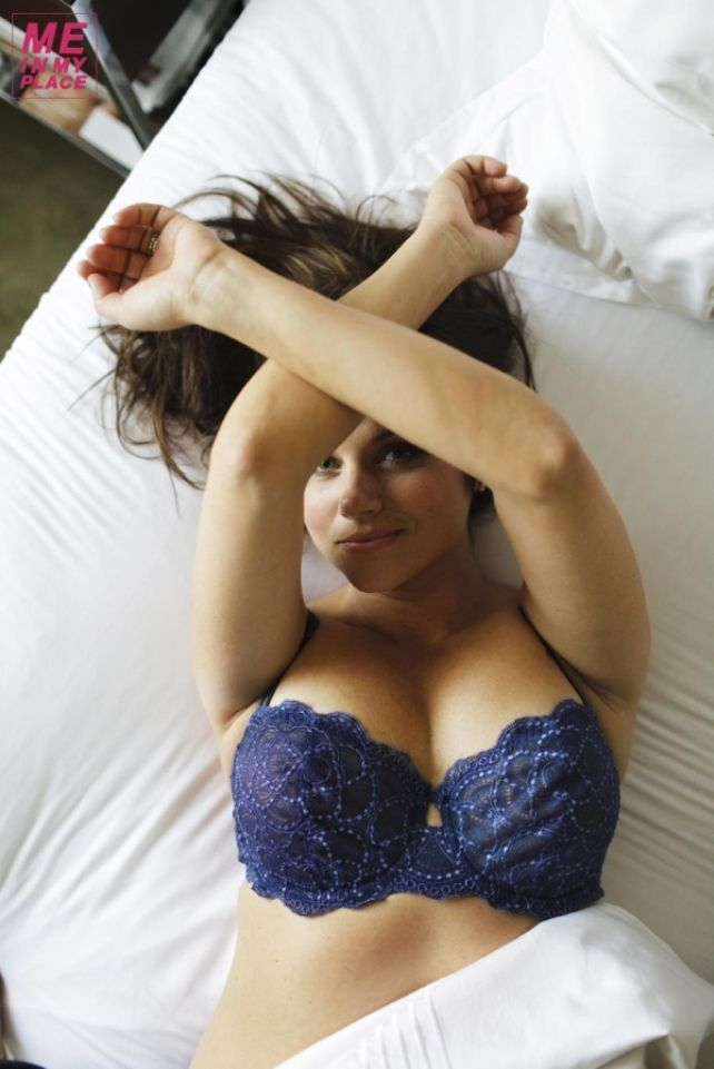 Sexy pics of tiffani thiessen