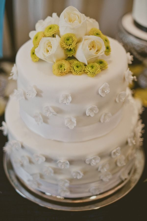 White wedding cake with flower accents and white fondant flowers white wedding cake with flower accents and white fondant flowers mightylinksfo