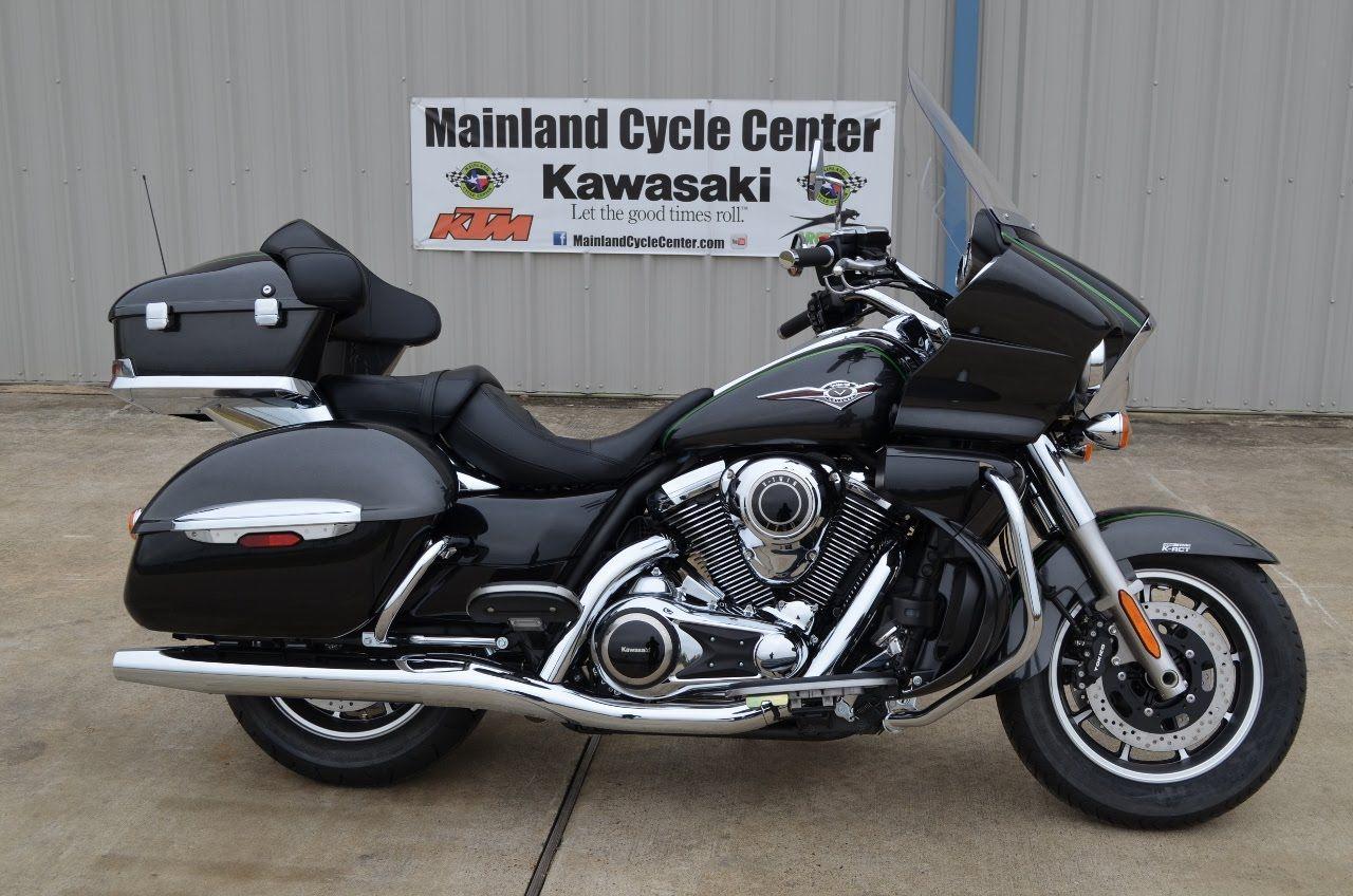 Kawasaki Vulcan 1700 Voyager Cycle Center
