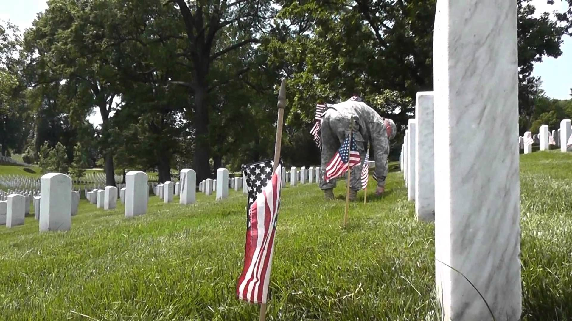Watch As A Group Of Soldiers Does Something Truly American For Our Fallen Heroes At Arlington.