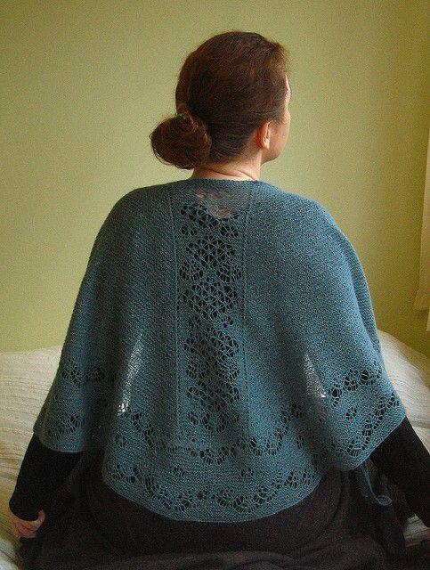 Shetland Lace Patterned Faroese Shawl pattern by Jackie Erickson ...