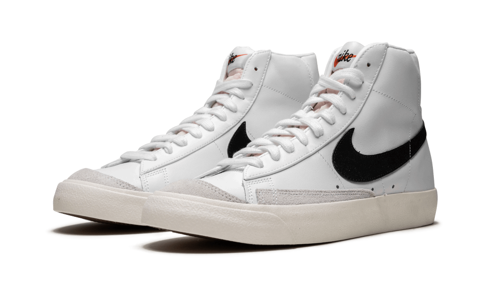 Nike Blazer Mid '77 VNTG - BQ6806 100 | Nike blazer, Cuir blanc, Nike