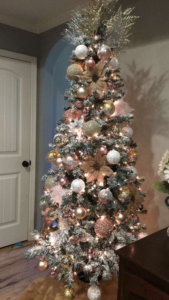 Beautiful Flock Tree With Rose Gold Decor Holiday Tree Decorations Christmas Tree Inspiration Gold Christmas Tree