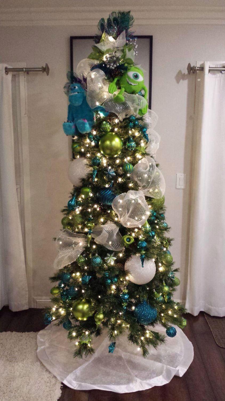 Disney tree ornaments - Disney Christmas Trees Pinning For The Ribbon Idea I Ve Never Used The Ribbon Before