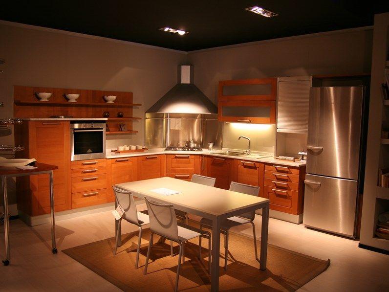 Cucina in legno moderna ad angolo Abita di Euromobil in ...