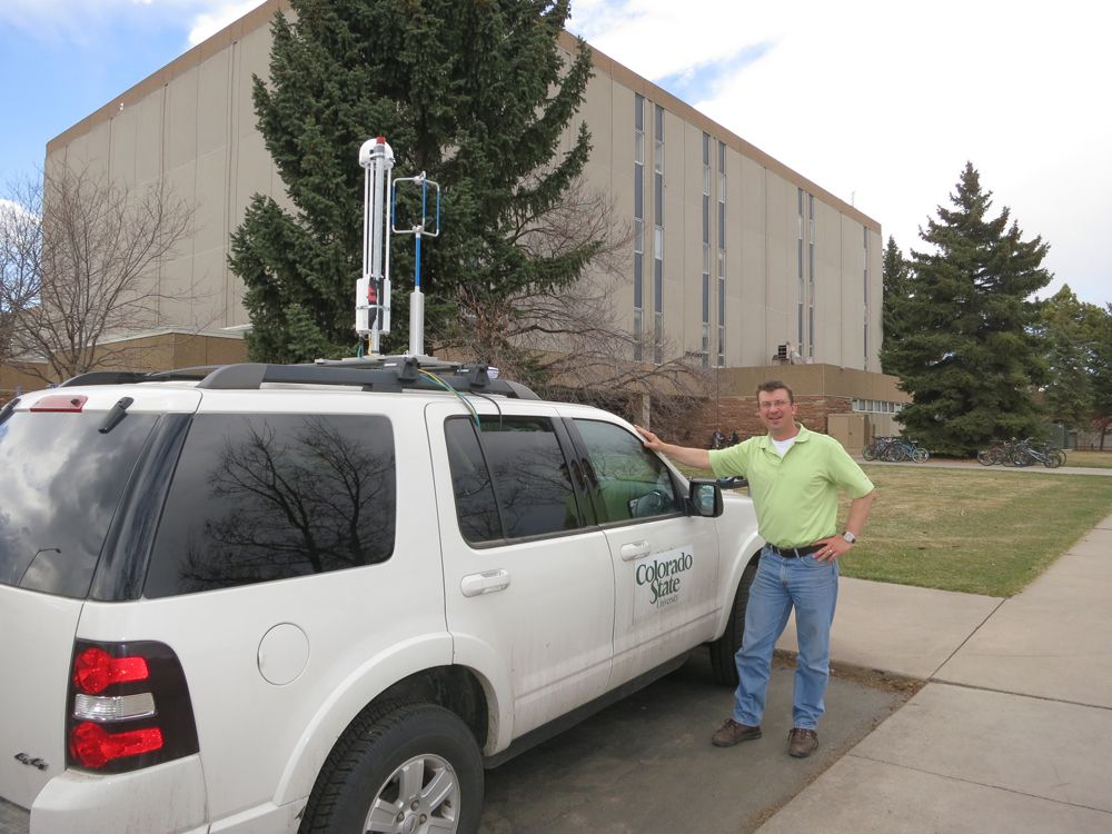 A collaborative effort between the Environmental Defense Fund, Colorado State University and Google Earth Outreach is equipping Street View cars with instruments that will help map methane leaks in major cities across the United States and help raise public awareness about greenhouse gas emissions and #climatechange. #EnvironmentalMonitor http://www.fondriest.com/news/colorado-state-university-cars-map-methane-leaks-li-cor-sensors.htm @coloradostateu