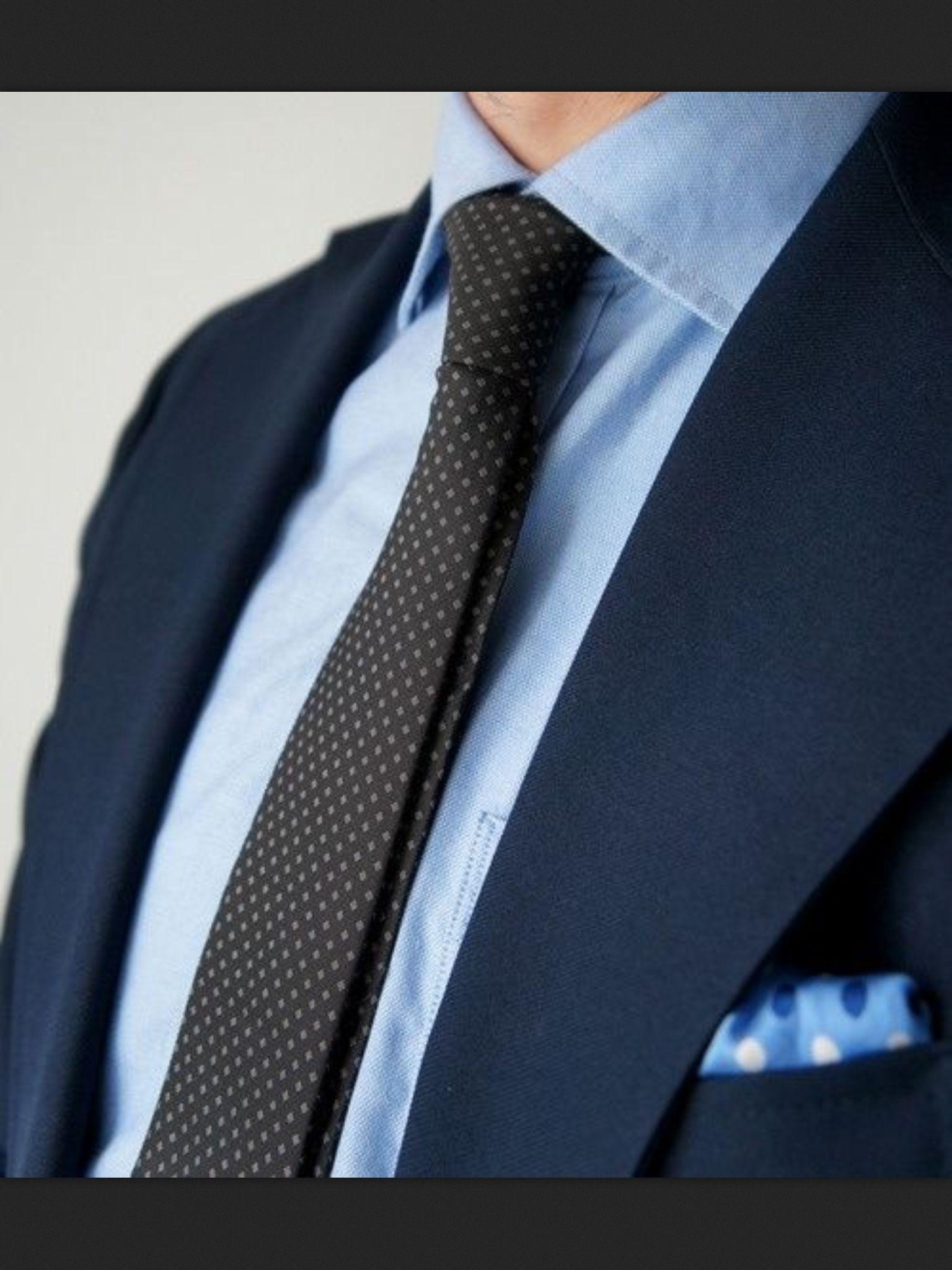Cravate - Tissage Oxford Bleu Clair, Pois Bleu Foncé Encoche