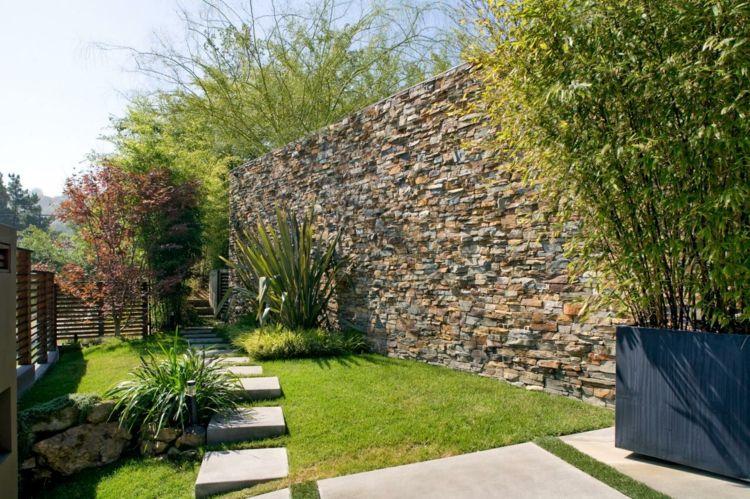 Wunderbar Steinmauer Im Garten Hoch Naturstein Bambus Deko Gartenweg Steinplatten