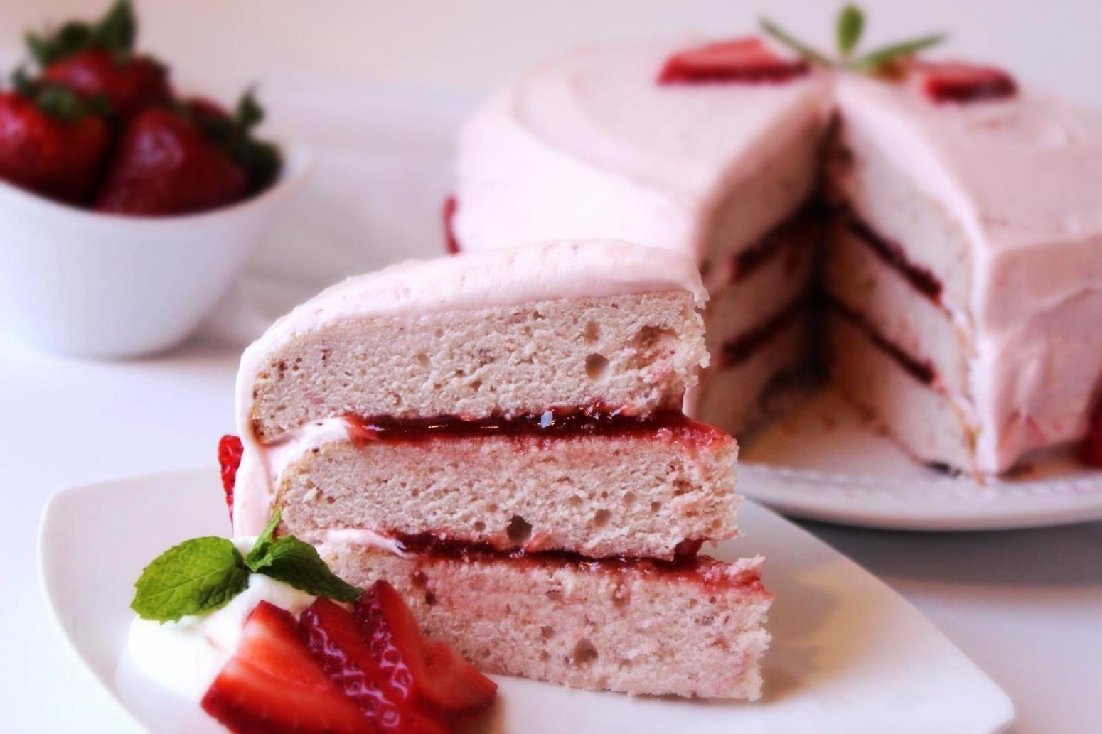 recipe: make strawberry jam cake [8]