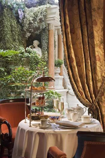 Afternoon tea at the Ritz paris