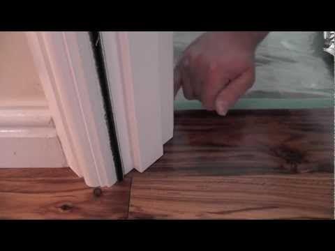 How To Undercut A Door Frame Tutorial Youtube Suelos Suelo Laminado Piso Laminado Instalacion
