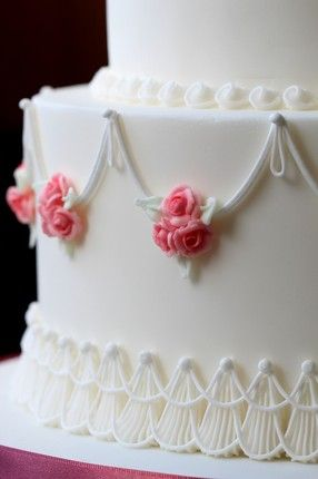 Classic Cakes Masterclass Taught By Ceri Griffiths Royal Icing