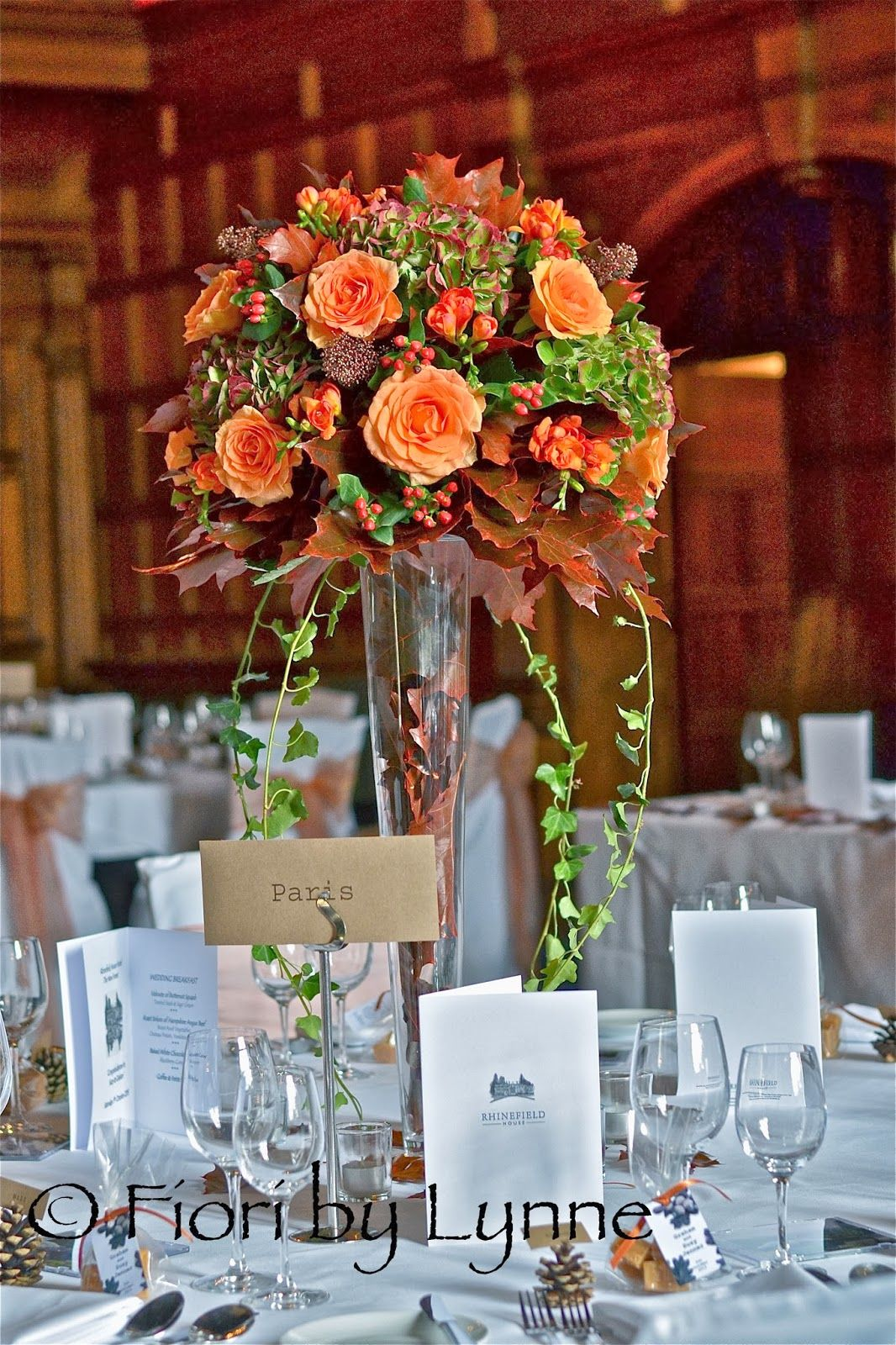 Fall rose arrangement autumn-wedding-flowers-RhinefieldHouse.jpg (1066×1600)