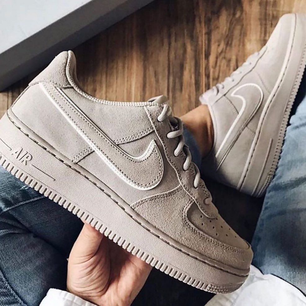 on feet images of outlet on sale presenting Shoes, Sneakers, Sport shoes sneakers, Nike, Nike shoes, Shoes ...