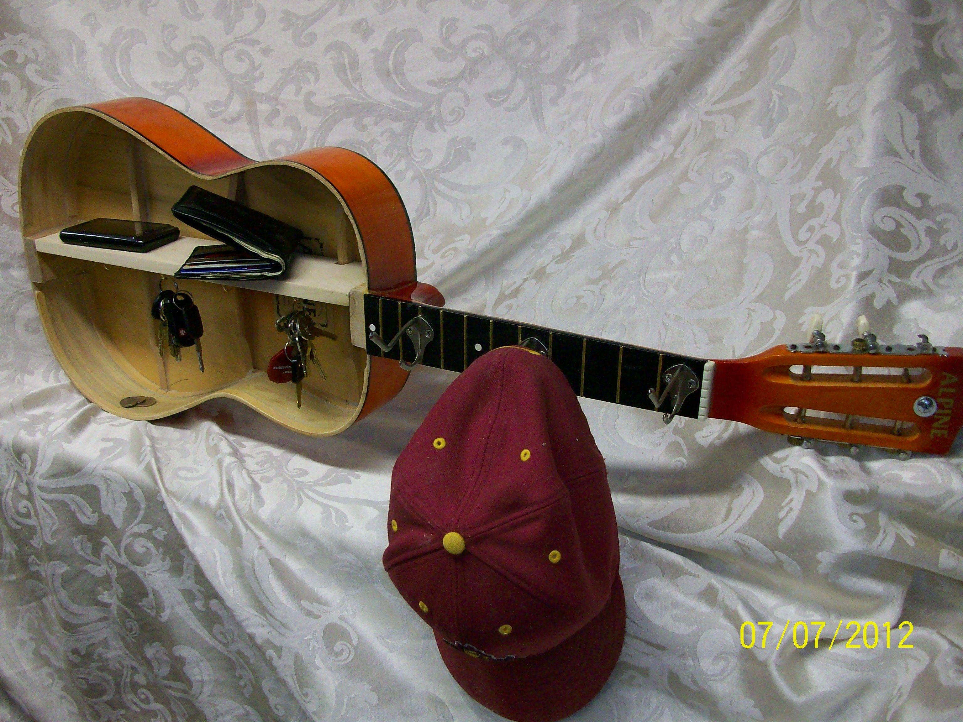 broken guitar ideas   That's clever!   Pinterest   Nice ...