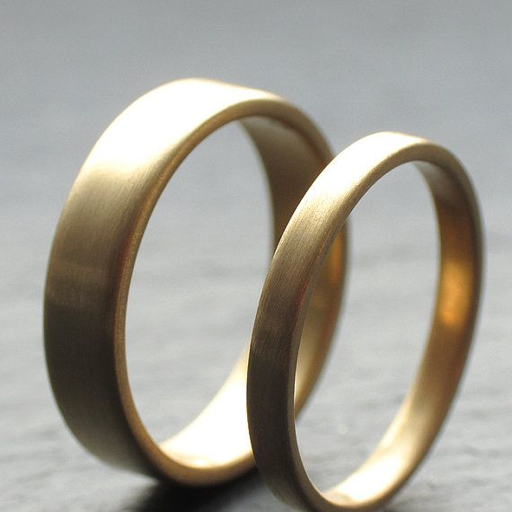 18k Yellow Gold Wedding Band Set Two Wedding Rings 2mm by OddPower