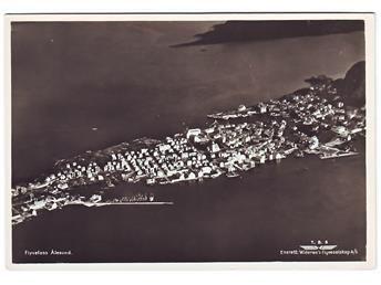 Møre og Romsdal fylke ÅLESUND. Flyfoto, 1950-talet.