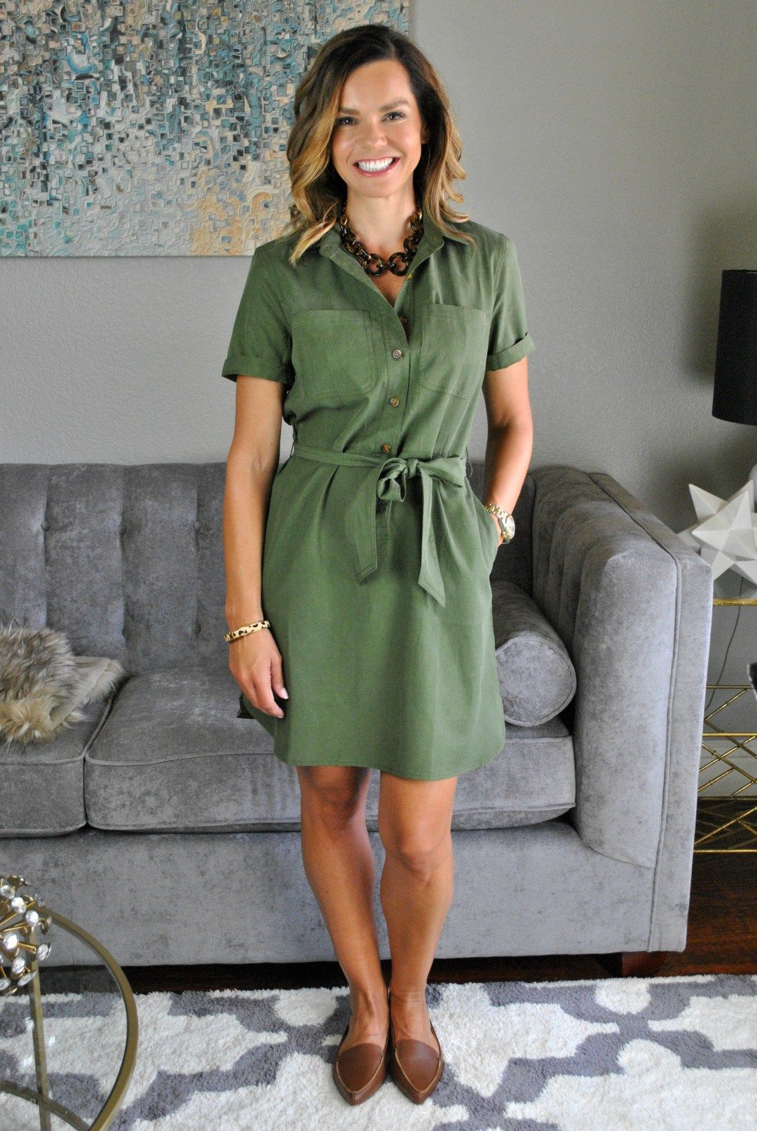 Back to School Teacher Outfits to Wear Now and Later (With
