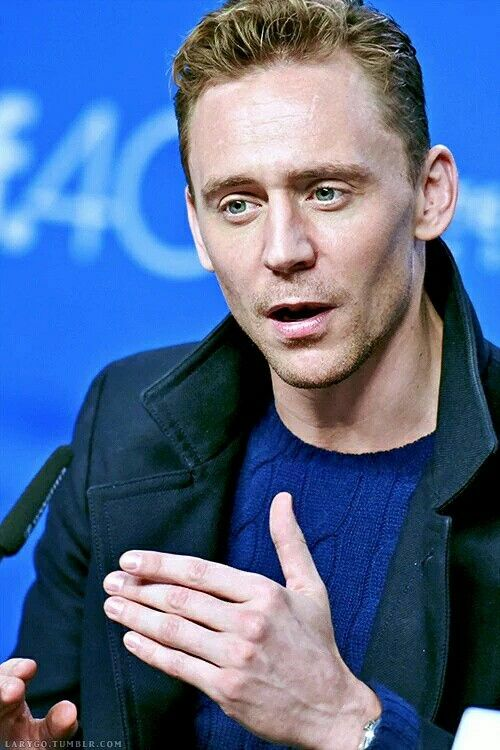 ~ † Tom Hiddleston ~@LaryGoTumblr.Com ~
